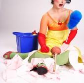 Putzfrau hat nur zwei Minuten und 19 Sekunden Zeit für ein 18 m2 Büro