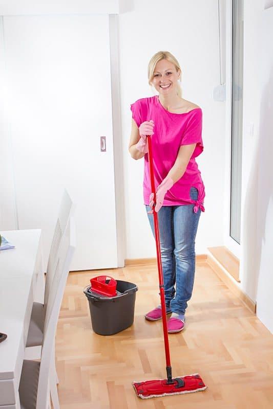 Putzfrau Anstellen