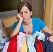 Bügeln leicht gemacht: Mit diesen Tipps spart man Zeit und Geld
