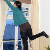57 000 Schweizerinnen und Schweizer verunfallen bei der Pflege und beim Unterhalt von Haus und Garten