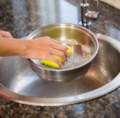 Grosis Putztipps mit altbewährten Reinigungsmitteln